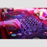Для дискотеки 1 (без света и услуг DJ)